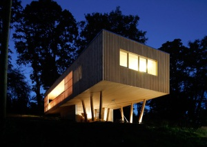 House-Under-the-Oaks-by-Juri-Troy-Architects_dezeen_ss_9