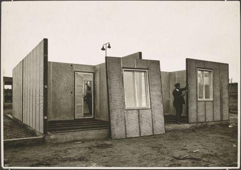 General Panel House, Walter Gropius, 1942.