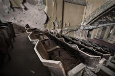 Explore-the-abandoned-Birmingham-Palladium-Cinema-in-Hockley