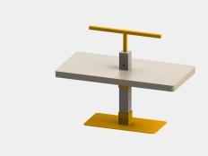 low desk - kyriakos